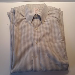 Brooks Brothers 17-34 traditional fit non iron.